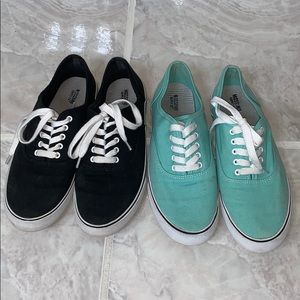 Mossimo tennis shoes